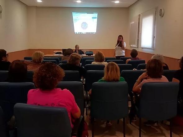 Asesoramiento legal y psicológico a la mujer en exclusión