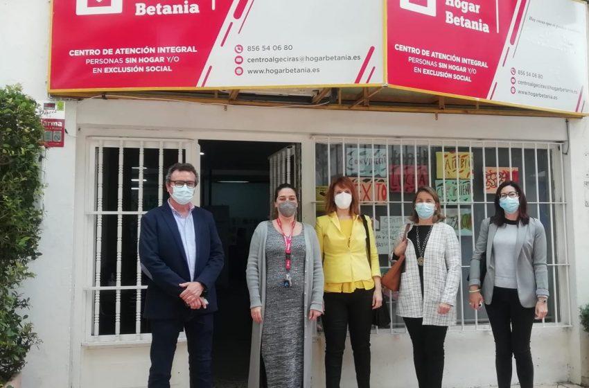 Visita al Centro de Día de Algeciras